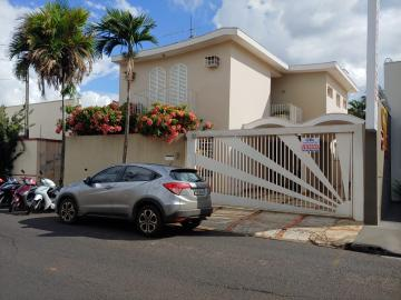 Jaboticabal Centro Casa Venda R$600.000,00 3 Dormitorios 5 Vagas Area do terreno 275.52m2 Area construida 237.00m2